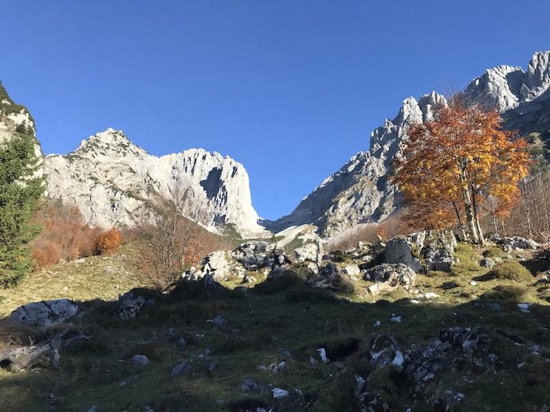 Ellmauer Tor - Wilder Kaiser - Ein Tag in den Bergen ist ein Tag mit dir selbst! Zitat: Michael Deutschmann - Mentalcoach Michael Deutschmann - Mentalcoaching Hypnose Seminare - Mental Austria